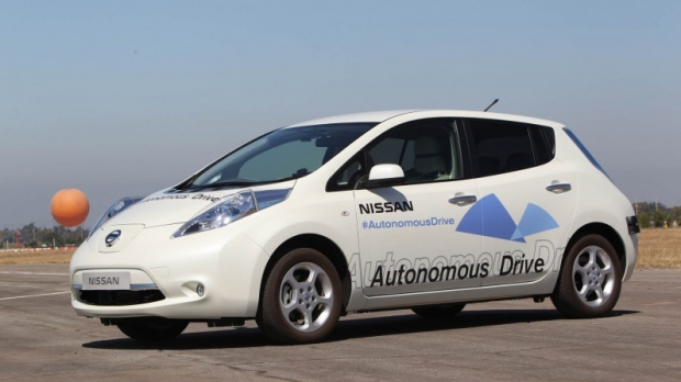 nissan-self-driving-car