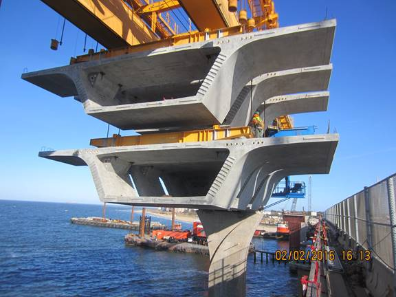 Typical segments being positioned at Pier Column 4