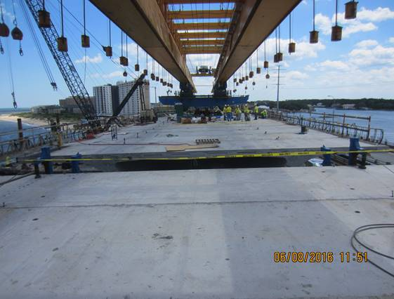Span 5 of the new Westbound Lesner Bridge – where the east and west cantilever sections of the bridge meet.