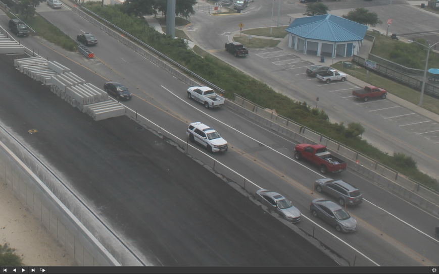 Screen shot of construction camera today. Note Police on Lesner Bridge.