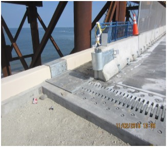 Expansion Joint Located at the pedestrian path of the new Westbound Lesner Bridge